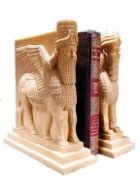 LAMASSU Bull & Lion Bookend